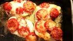 Tomat och mozzarellagratinerad kyckling