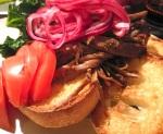 Crockpot- Glöggkokt pulled beef med picklad rödlök och vitlöksfrästgrönkål